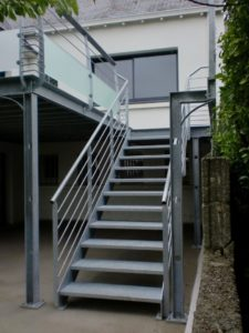 escaliers-indus2-225x300